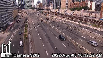 Gardiner Expressway at Jarvis for MORE Gardiner CAMERAS - CLICK HERE!