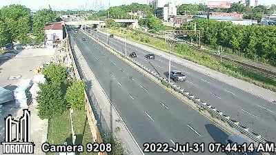 Webcam of Gardiner Expressway at Dufferin