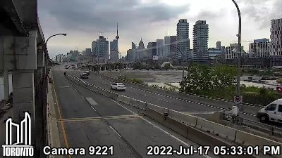 Webcam of Don Valley Parkway at WestBound Gardiner
